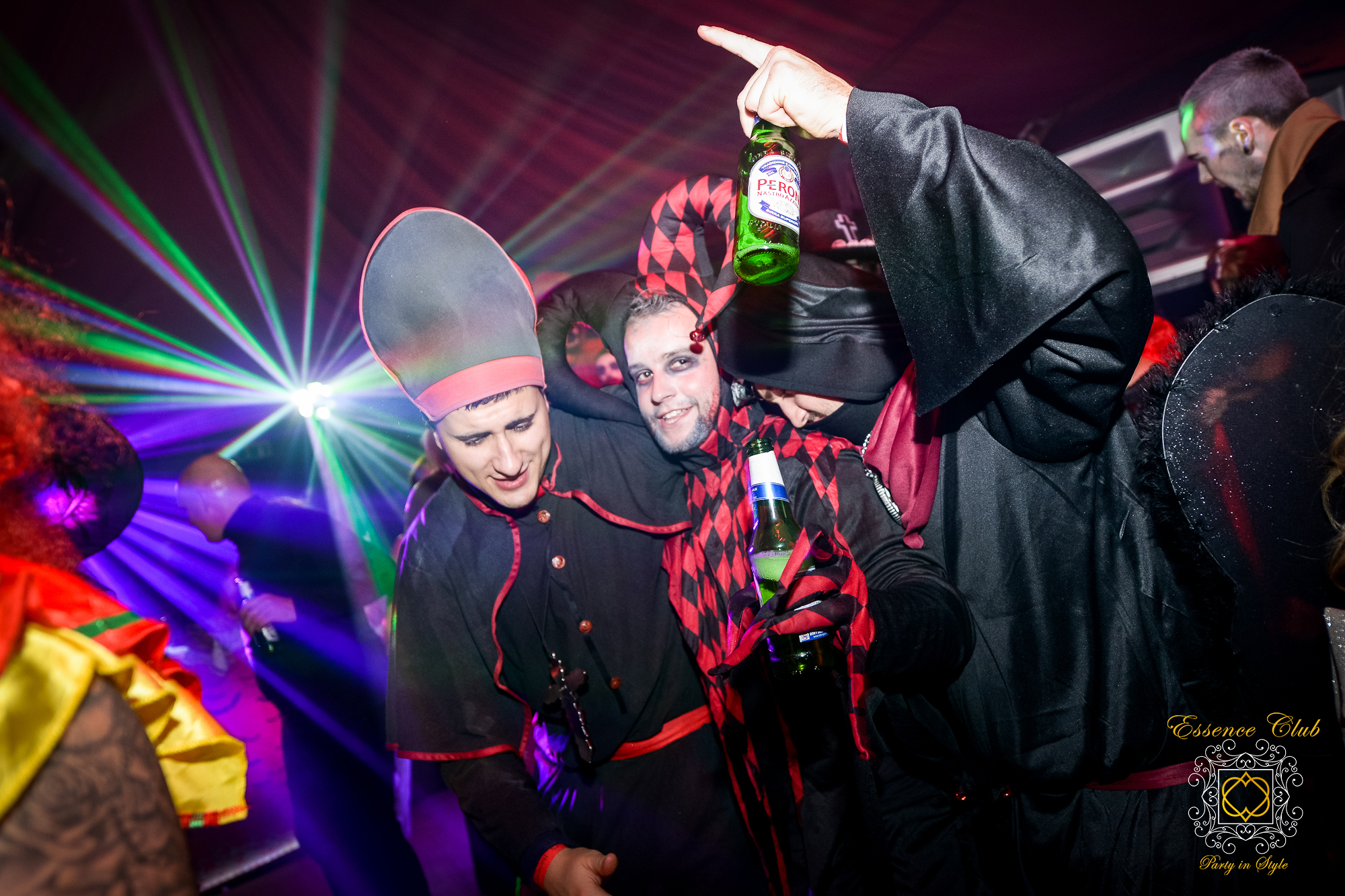 Heaven and hell themed party at essence club