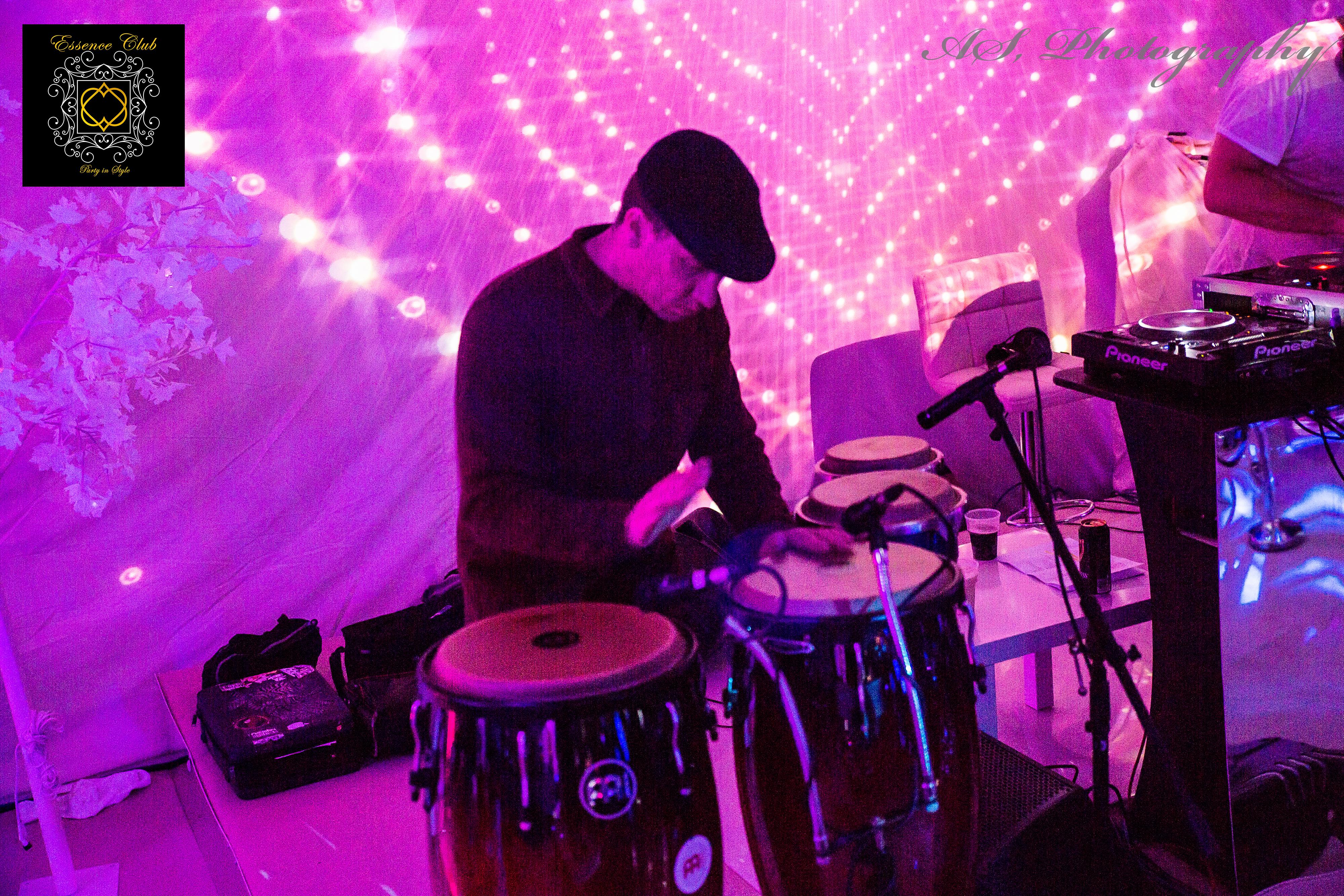 Mike Bandoni Full moon party