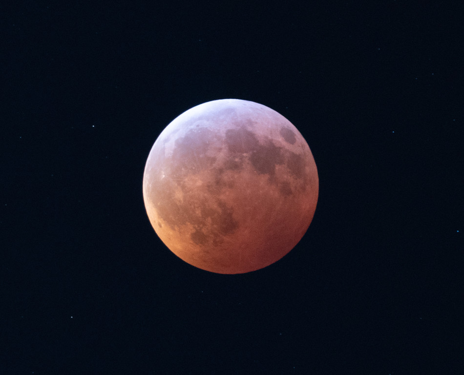 The Totally Freezing Lunar Eclipse of 2019
