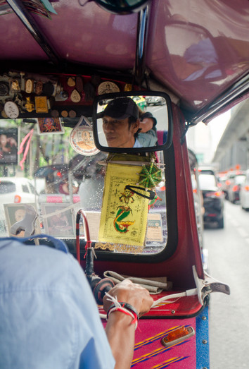 Marla Manes Photography Website Tuk Tuk Driver in Bangkok