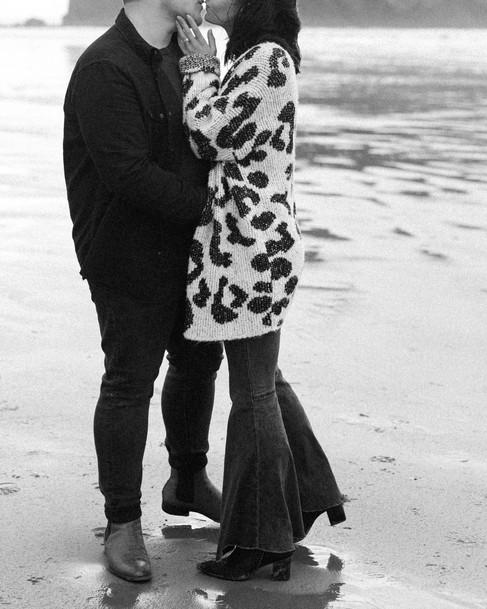 Seattle Engagement Photographer-26.jpg