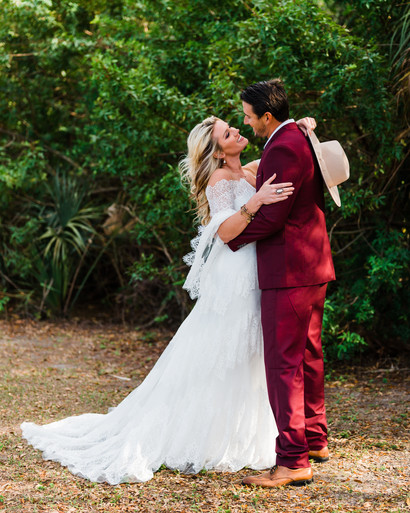 Rustic bride and groom couple pose for wedding portraits at this elopement in Tampa, Florida