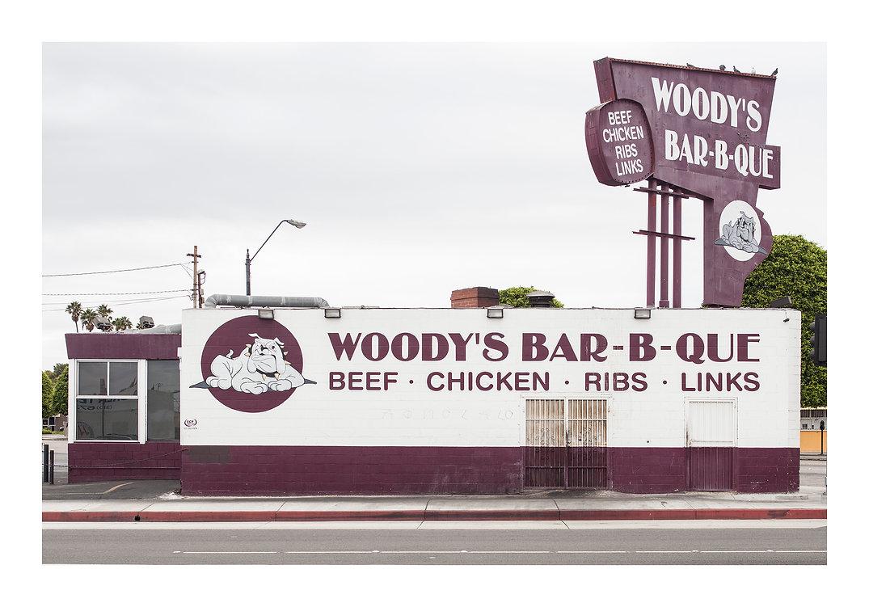 WOODY'S BBQ.jpg