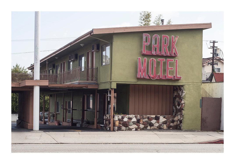 PARK MOTEL.jpg