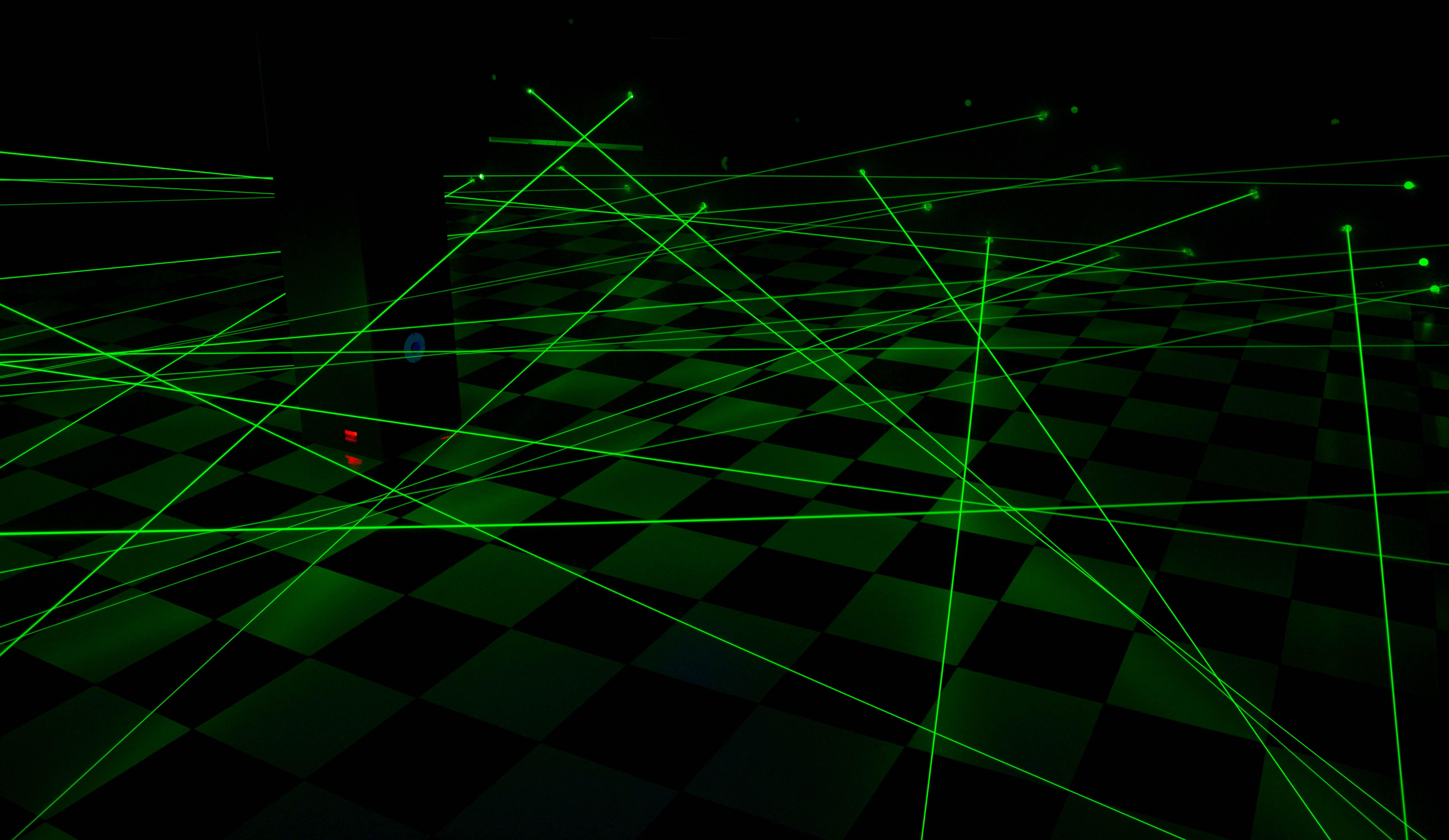 Квест лазерный лабиринт