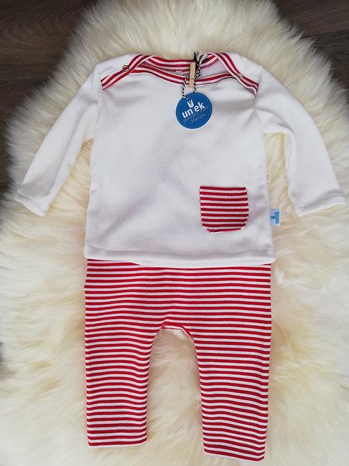 Rood-wit gestreept broekje met shirt