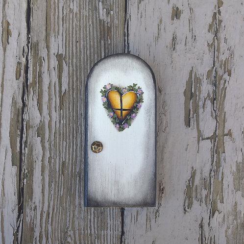 White Heart Fairy Door