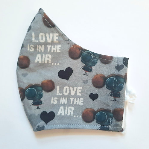 Medium Love is in the Air Mask