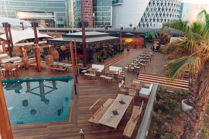 Soho Gardens_Tikki Bar Pool_1