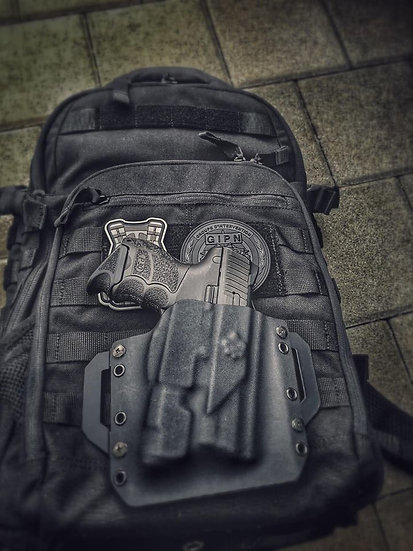 OPERATOR Kydex Holster Pistole Tactical Light