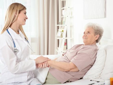 בחירת מטפל סיעודי | אך לזהות את המטפל האידאלי?