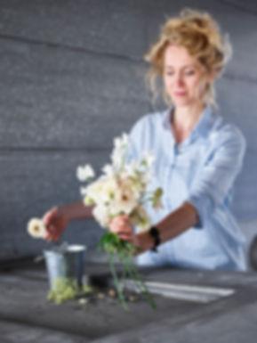 Jolita Simelioniene HEYGEN flora designer