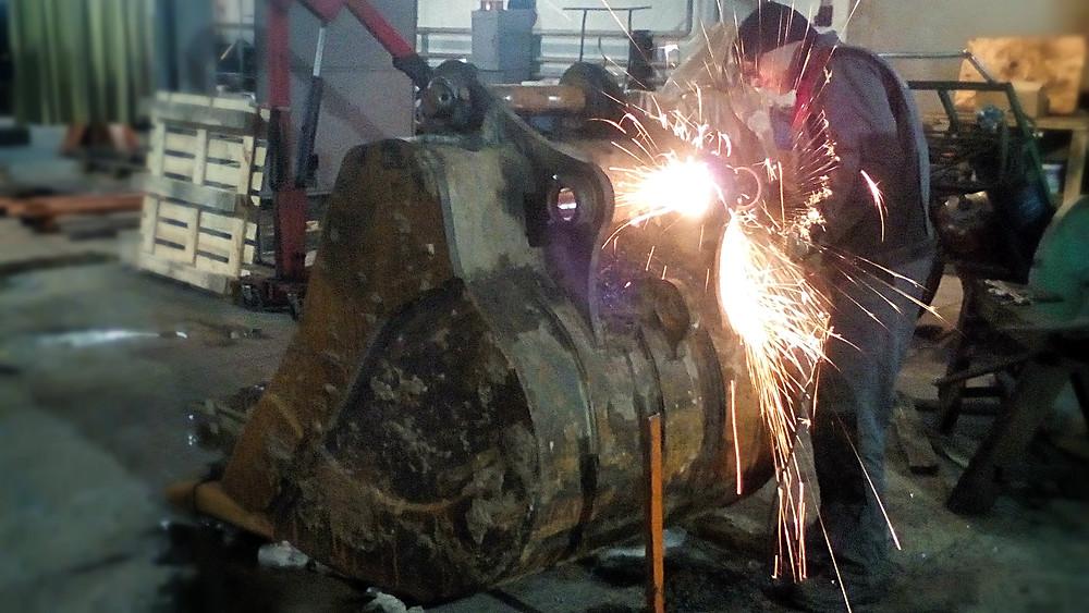 демонтаж оборудования и зачистка торцевых поверхностей