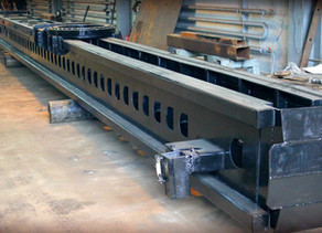Ремонт мачты сваебойной буровой установки PVE 5021