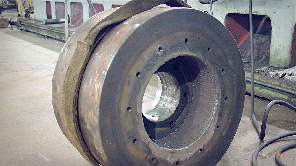 опорный ролик после наплавки металла