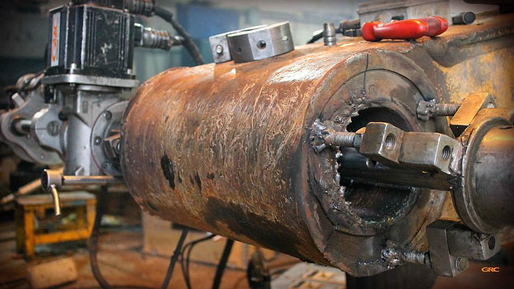 наплавили металл на проушину рукояти экскаватора Hyundai R480LC-9