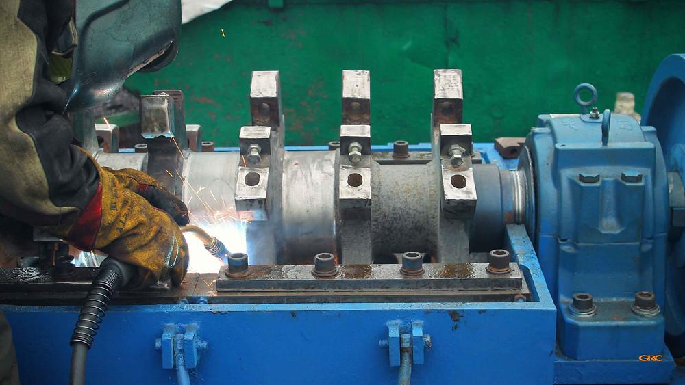 распределение и сварка грузов на ротор дробилки