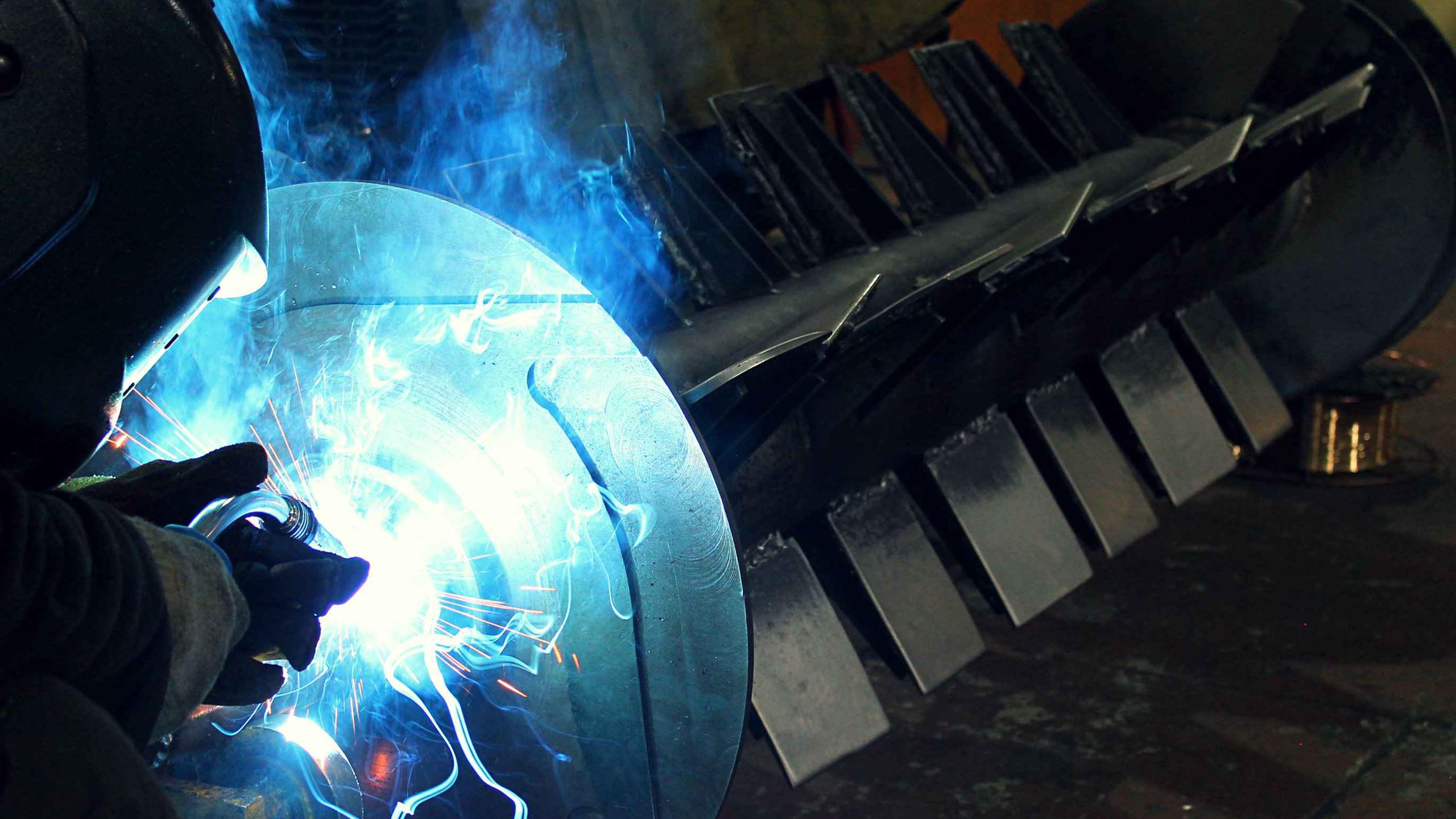 Наплавка металла в больший диаметр