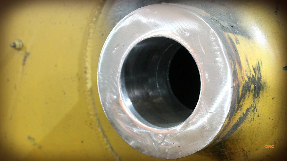 центральная ось после ремонта на стреле экскаватора