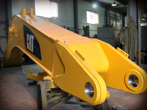 Восстановление стрелы экскаватора САТ 330