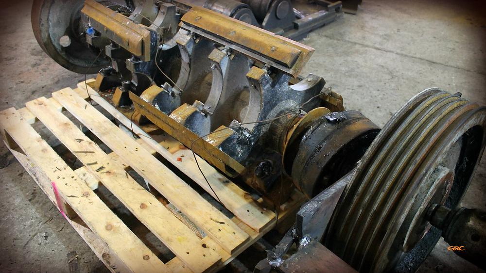 замена подшипников на роторе дробилки