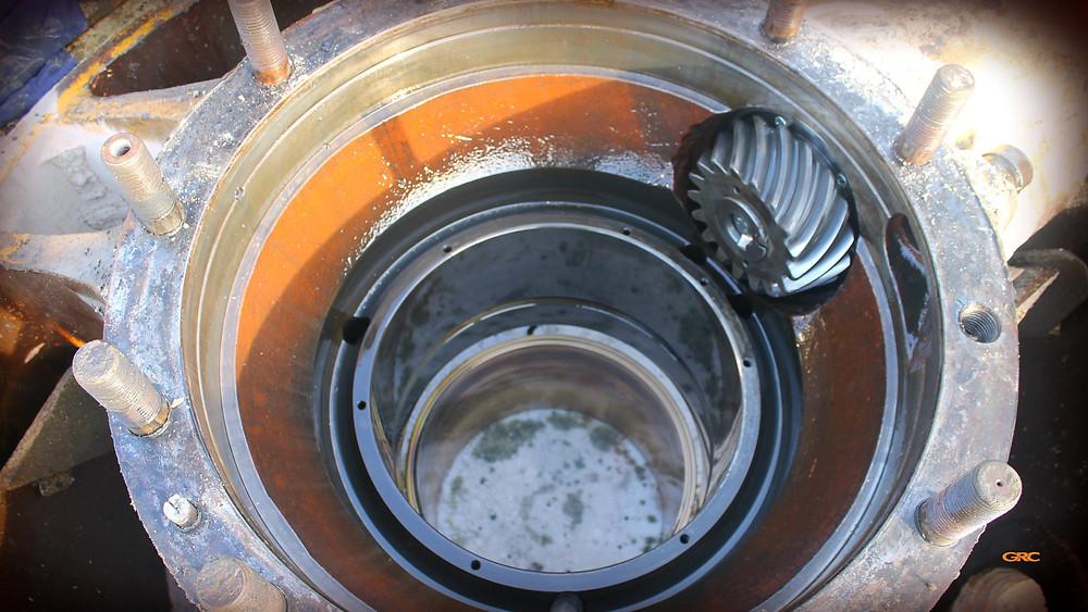 износ бронзовой втулки после демонтажа шестерни