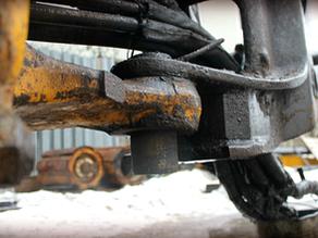 Ремонт поворотной каретки экскаватора VOLVO BL71