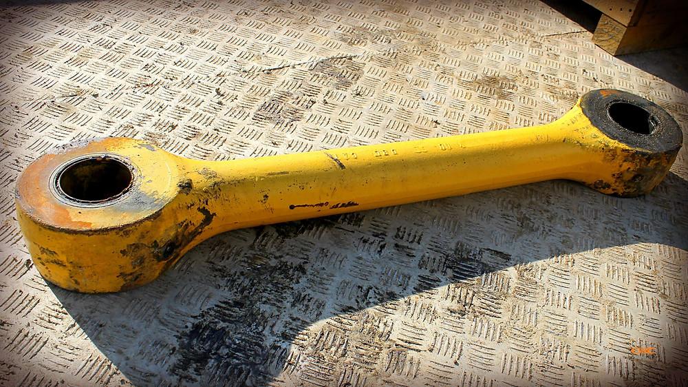 тяга фронтального погрузчика до ремонта