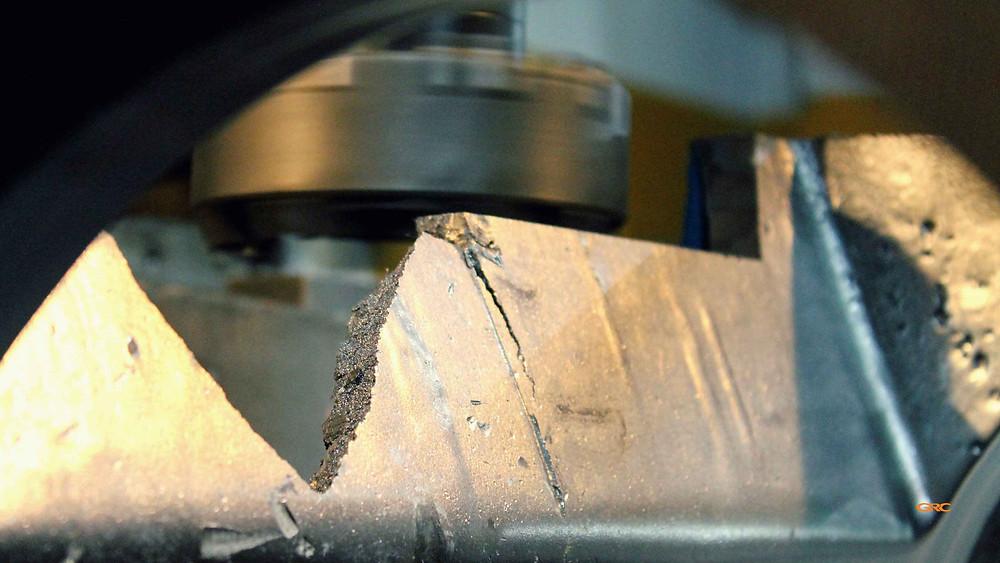 фрезеруем корпус дробилки