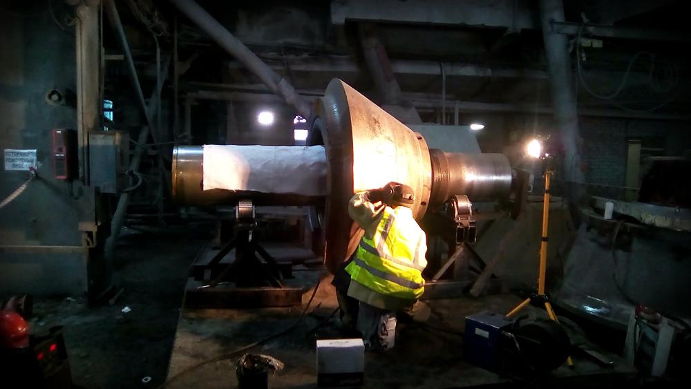 наплавляем металл на конус дробилки Sandvik