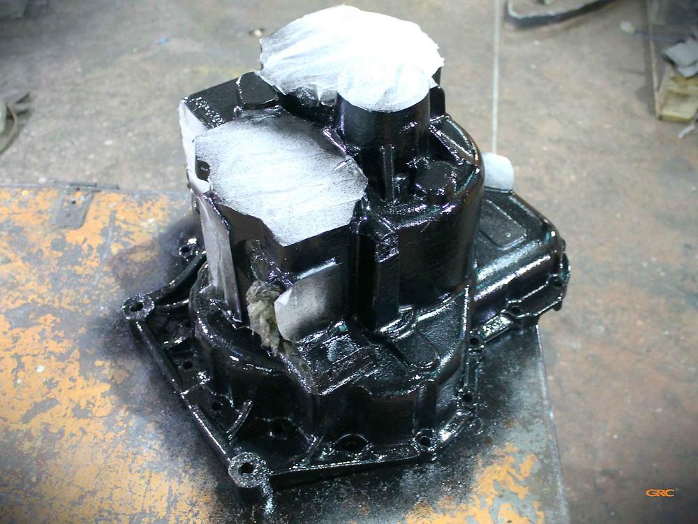 после ремонта покрасили корпус редуктора JCB 3cx