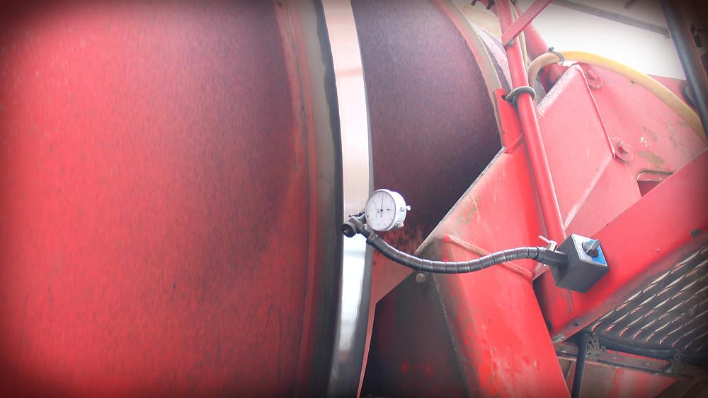 Контроль поверхности бандажа автобетоносмесителя