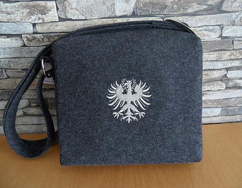 Riemen-Tasche mit Adler-Stickerei