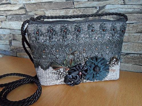 Kordel-Tasche aus Gewebe-Stoff mit Spitze und Blüten