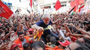 2022: Lula lidera pesquisa e derrota Bolsonaro no primeiro turno