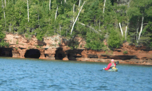 Paddle the sea caves.