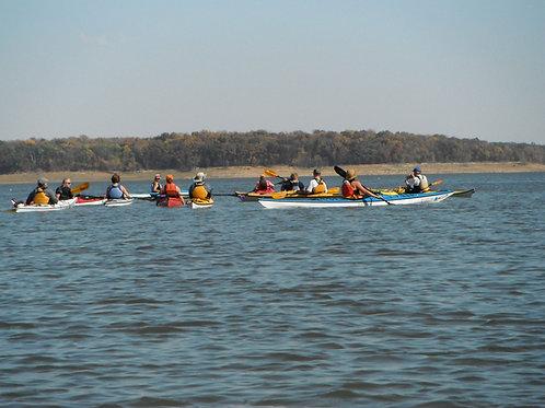 Beginner's Kayaking Tour of Lake Red Rock