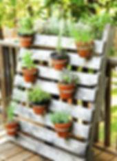 diy-garden-door-with-pots-pallet-planter