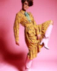 www.lauraknipsael.com_ixxi_woman-319-bew