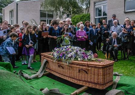 Humanist Celebrant - humanist burial