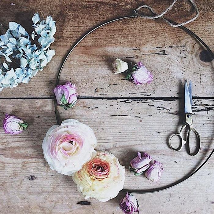 ALT=photo of floral wreath