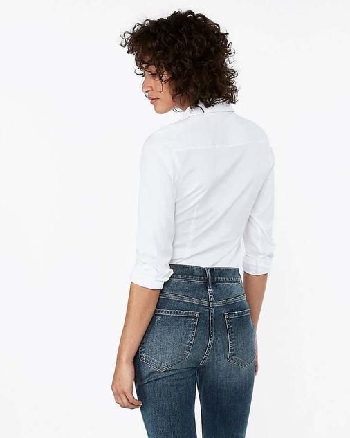 Rüyada Beyaz Gömlek Giymek