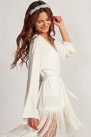 Püsküllü Beyaz Kimono