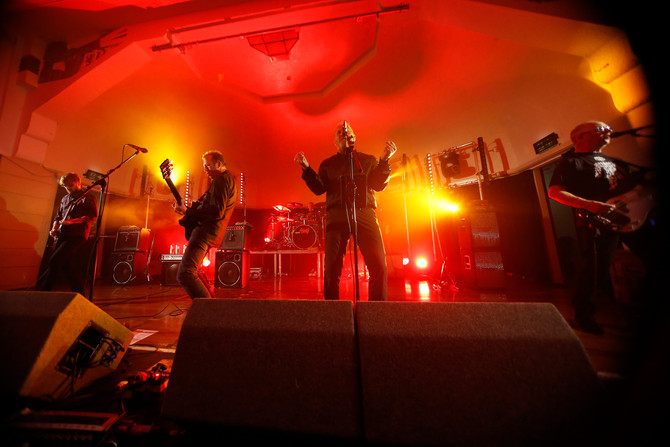 Skids 'live' :  following up on the buzz - and 'Burning Cities'