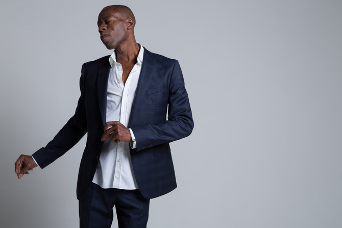 ANDREW ROACHFORD - returns from Germany for UK tour, Nov-Dec. New single - 'Ain't No Sunshin