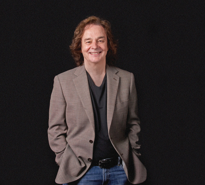 COLIN BLUNSTONE follows massive US success with THE ZOMBIES with solo band tour - starts 15th April