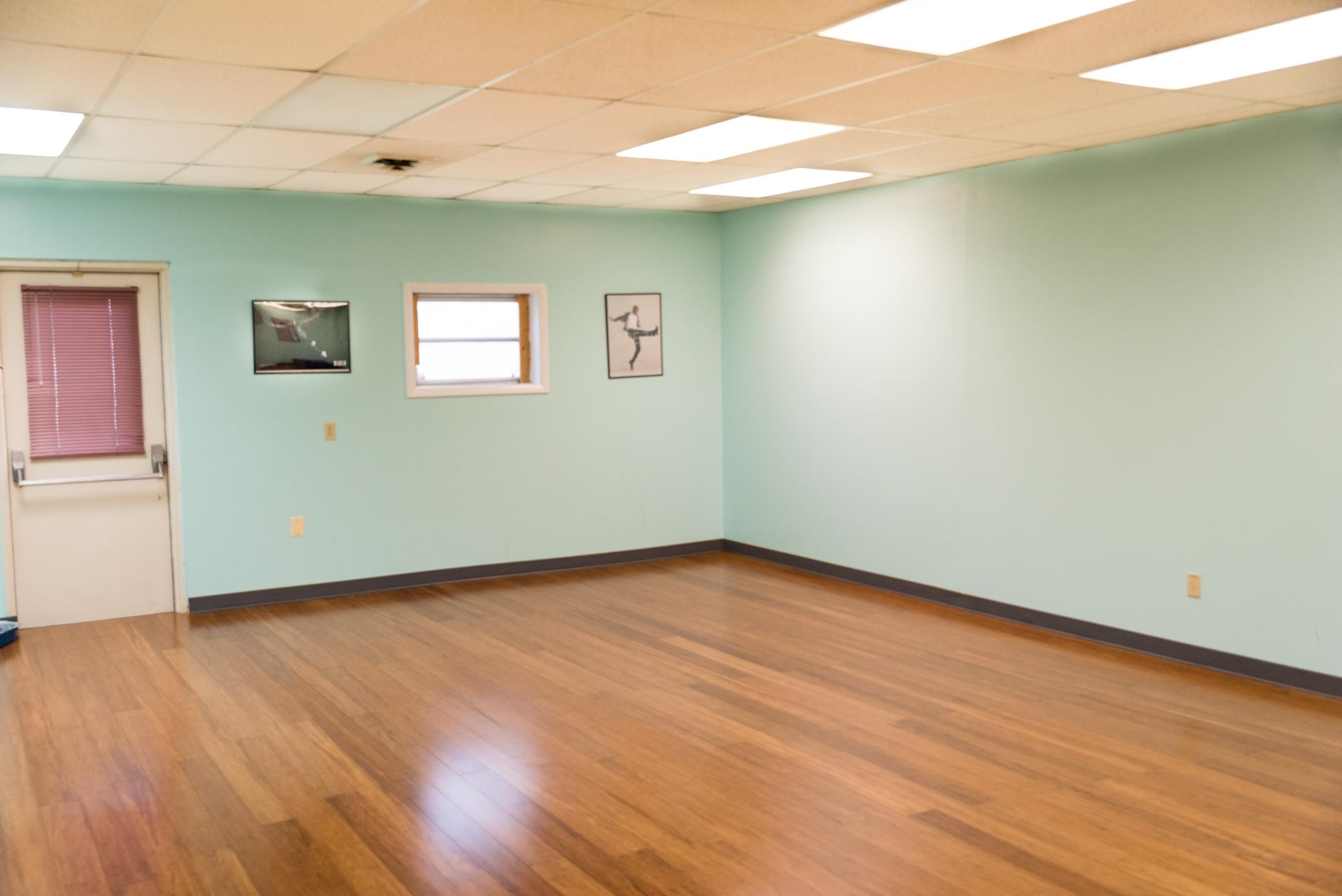 Studio 2 Rear Left