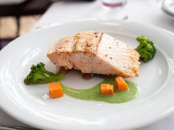 salmon-4143363_1920