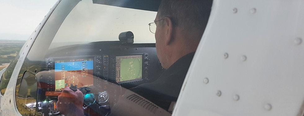 90 Minute Piper Seneca Virtual Flight Experience