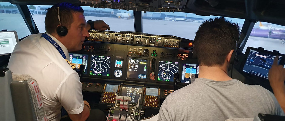Boeing 737-800 Virtual Type Rating Lesson